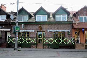 """Zielona Tawerna - ul. Kościuszki 8 - Stegna [Restauracje, bary i kawiarnie]<br><a href=""""?s=nadmorskie-poi&o=we&id_kat=5&id_m=187&id=1453"""">pokaż szczegóły punktu...</a>"""