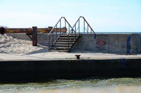 Przejście prze falochron - Rowy [Wejścia na plażę]