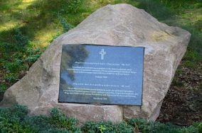"""Dawny cmentarz ewangelicki - Poddąbie [Pomniki]<br><a href=""""?s=nadmorskie-poi&o=we&id_kat=46&id_m=146&id=3777"""">pokaż szczegóły punktu...</a>"""