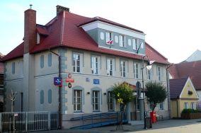 UP Hel - ul. Wiejska 55 - Hel [Poczta Polska]. Zdjęcie wykonane 10.11.2013.