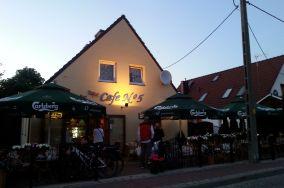 """Cafe No 5 - ul. Abrahama 5 - Łeba [Restauracje, bary i kawiarnie]<br><a href=""""?s=nadmorskie-poi&o=we&id_kat=5&id_m=107&id=4186"""">pokaż szczegóły punktu...</a>"""