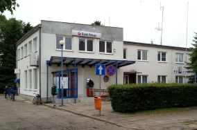 """PEKAO SA - ul. Portowa 4 - Jastarnia [Bankomaty i kantory]<br><a href=""""?s=nadmorskie-poi&o=we&id_kat=9&id_m=60&id=3907"""">pokaż szczegóły punktu...</a>"""