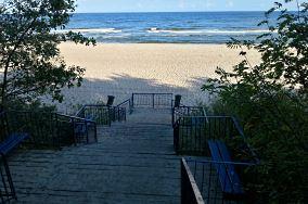 """33 - Pobierowo [Wejścia na plażę]<br><a href=""""?s=nadmorskie-poi&o=we&id_kat=13&id_m=145&id=1374"""">pokaż szczegóły punktu...</a>"""