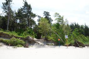 """14 - Karwieńskie Błoto Drugie [Wejścia na plażę]<br><a href=""""?s=nadmorskie-poi&o=we&id_kat=13&id_m=78&id=221"""">pokaż szczegóły punktu...</a>"""