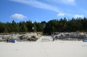 """42 - Karwia [Wejścia na plażę]<br><a href=""""?s=nadmorskie-poi&o=we&id_kat=13&id_m=77&id=239"""">pokaż szczegóły punktu...</a>"""