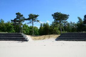 """37 - Ostrowo [Wejścia na plażę]<br><a href=""""?s=nadmorskie-poi&o=we&id_kat=13&id_m=136&id=245"""">pokaż szczegóły punktu...</a>"""