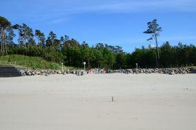 """26 - Jastrzębia Góra [Wejścia na plażę]<br><a href=""""?s=nadmorskie-poi&o=we&id_kat=13&id_m=61&id=1027"""">pokaż szczegóły punktu...</a>"""