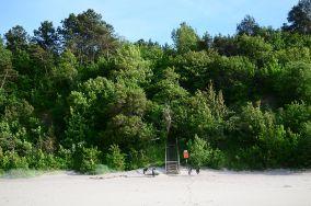 """22 - Jastrzębia Góra [Wejścia na plażę]<br><a href=""""?s=nadmorskie-poi&o=we&id_kat=13&id_m=61&id=1229"""">pokaż szczegóły punktu...</a>"""