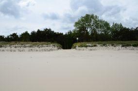 """4 - Chałupy [Wejścia na plażę]<br><a href=""""?s=nadmorskie-poi&o=we&id_kat=13&id_m=18&id=262"""">pokaż szczegóły punktu...</a>"""