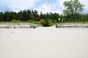 """15 - Chałupy [Wejścia na plażę]<br><a href=""""?s=nadmorskie-poi&o=we&id_kat=13&id_m=18&id=273"""">pokaż szczegóły punktu...</a>"""