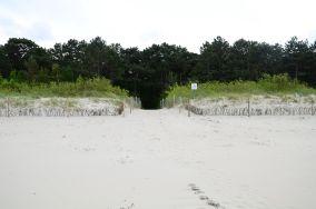 """19 - Chałupy [Wejścia na plażę]<br><a href=""""?s=nadmorskie-poi&o=we&id_kat=13&id_m=18&id=277"""">pokaż szczegóły punktu...</a>"""
