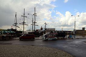 """Westerplatte - Gdańsk [Tramwaje wodne i promy]<br><a href=""""?s=nadmorskie-poi&o=we&id_kat=47&id_m=35&id=4242"""">pokaż szczegóły punktu...</a>"""