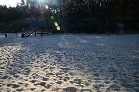 """32 - Pobierowo [Wejścia na plażę]<br><a href=""""?s=nadmorskie-poi&o=we&id_kat=13&id_m=145&id=155"""">pokaż szczegóły punktu...</a>"""