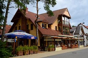 """Tawerna Bryza - ul. Plażowa 5 - Pogorzelica [Restauracje, bary i kawiarnie]<br><a href=""""?s=nadmorskie-poi&o=we&id_kat=5&id_m=147&id=4225"""">pokaż szczegóły punktu...</a>"""