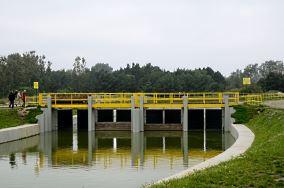 Wrota sztormowe na Kanale Jamneńskim - Unieście [Inne]