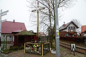 Krzyż na Kolonii - ul. Wiejska 2 - Hel [Krzyże i kapliczki]