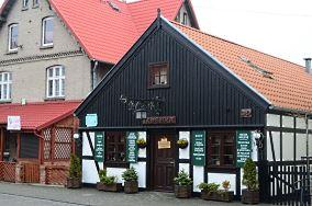 """Izdebka - ul. Wiejska 39 - Hel [Restauracje, bary i kawiarnie]<br><a href=""""?s=nadmorskie-poi&o=we&id_kat=5&id_m=52&id=4826"""">pokaż szczegóły punktu...</a>"""