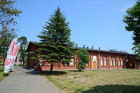 """Sala BHP Stoczni Gdańskiej - Doki 1, budynek 131 A - Gdańsk [Muzea i zabytki]<br><a href=""""?s=nadmorskie-poi&o=we&id_kat=3&id_m=35&id=4849"""">pokaż szczegóły punktu...</a>"""